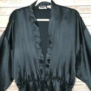 Victoria's Secret Intimates & Sleepwear - EUC Victoria Secret long sleeve black robe M/L